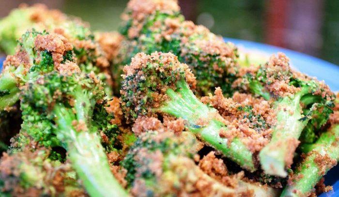 Broccoletti alla polacca