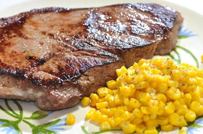 Ricetta Bistecca di maiale per costine in padella morbide ...