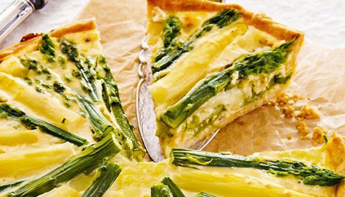 Crostata di asparagi e salame