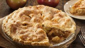 Torta di mele, la videoricetta per prepararla in pochi minuti