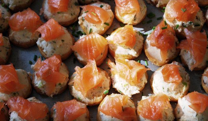 Tartine al salmone con mascarpone