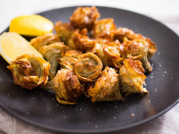 carciofi fritti alla romana - la ricetta di buonissimo