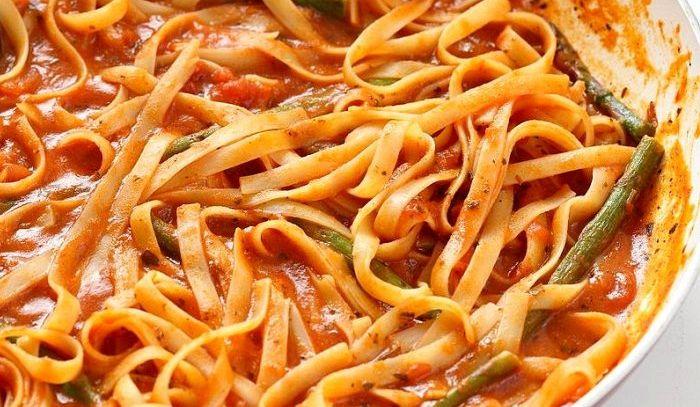 Spaghetti agli asparagi selvatici