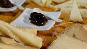 A lezione dallo chef: abbinare miele e formaggio