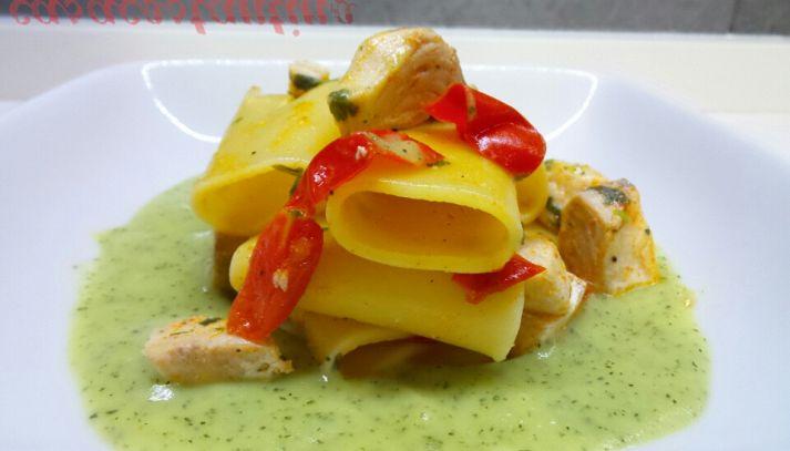 Paccheri ricciola e crema di zucchine