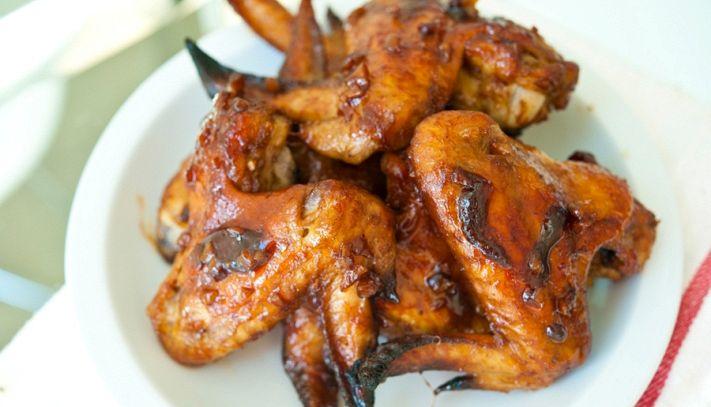 Ali di pollo al forno con salsa barbecue dolce