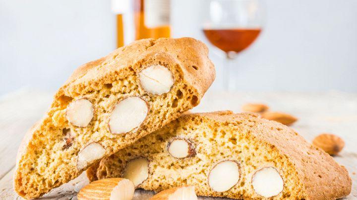 I cantucci: la ricetta per fare in casa i tipici biscotti toscani. Squisiti