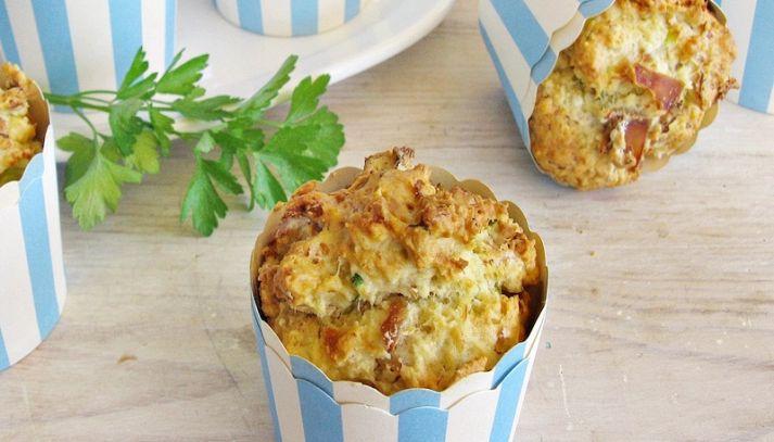 Muffin salati con tonno
