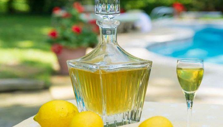 Come preparare il limoncello a casa