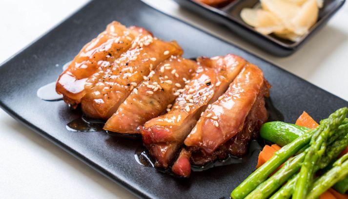 Spiedino di pollo teriyaki e verdure