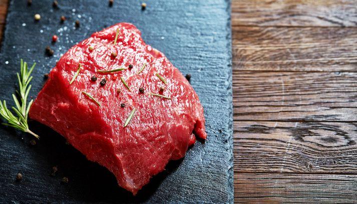 I segreti per cucinare sulla pietra lavica naturale
