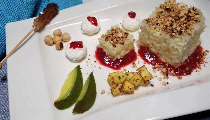 Pudding di Riso Gallo Aroma con mango, fragole e meringhe