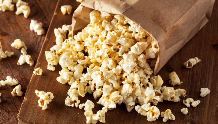 Come fare i pop corn al microonde e in padella