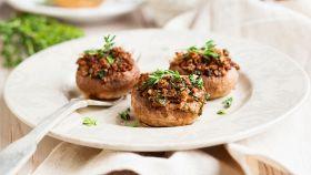 Funghetti ripieni, un antipasto sfizioso e ricco di gusto