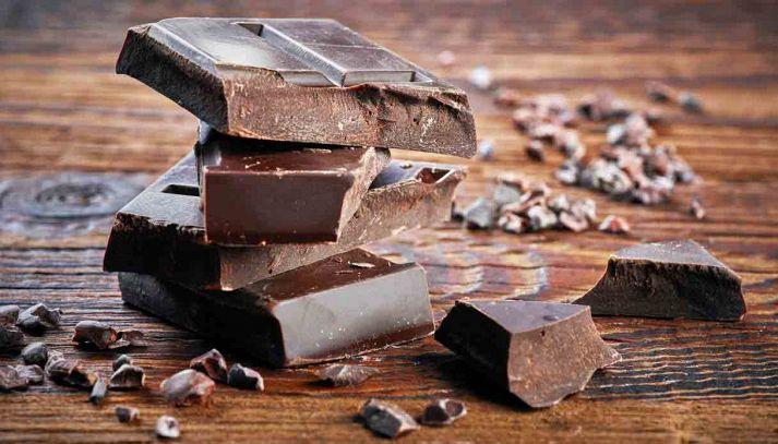 Il cioccolato fondente contro tumori e ictus