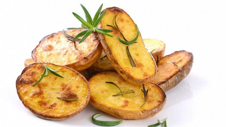 Patate novelle al forno, la ricetta per prepararle subito
