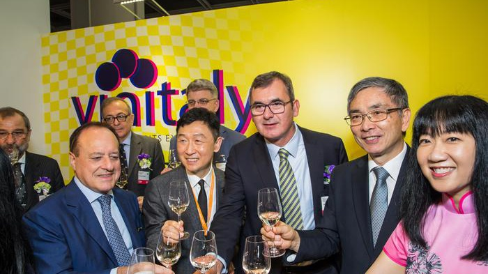 Vino e olio, Vinitaly a Hong Kong nel padiglione Italia