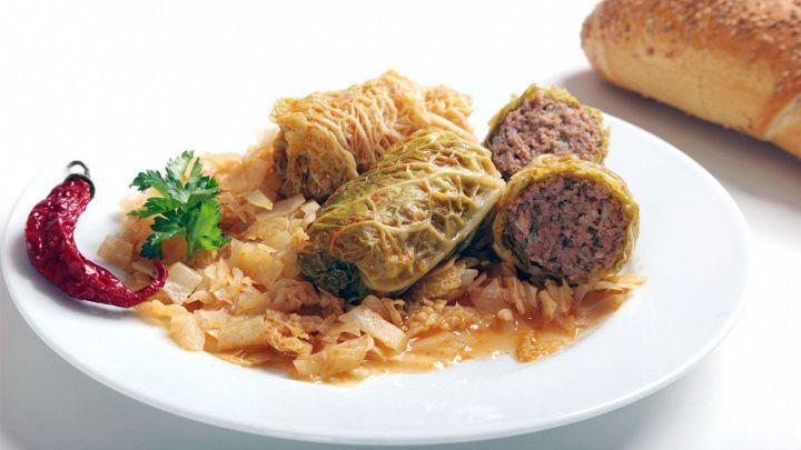 Involtini di verza, un mix intrigante di carne e verdure