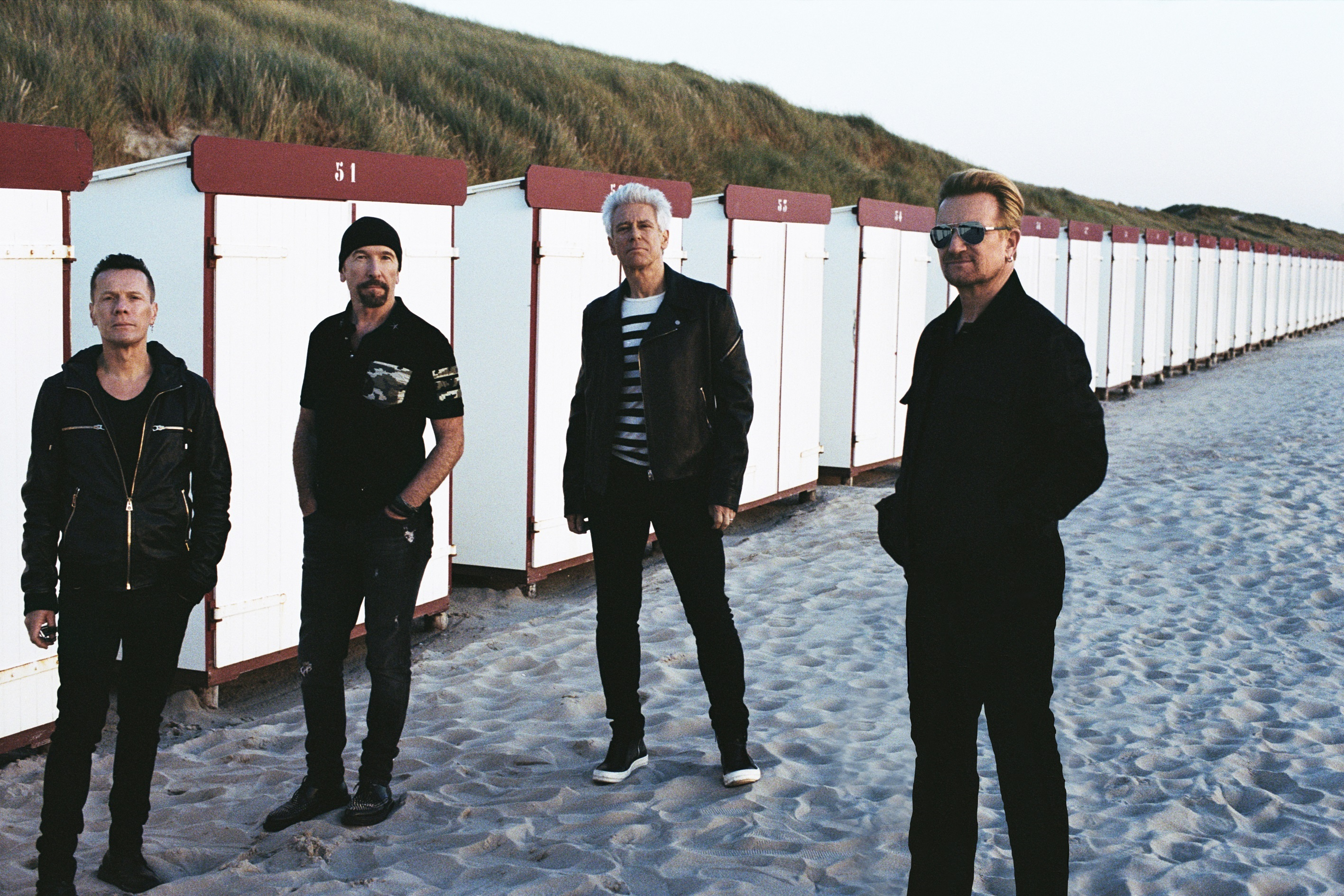 A U2 il Global Icon Award a Mtv Emas '17