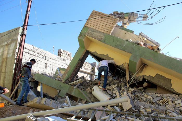 Violento sisma tra Iraq e Iran: 445 morti e 7.370 feriti