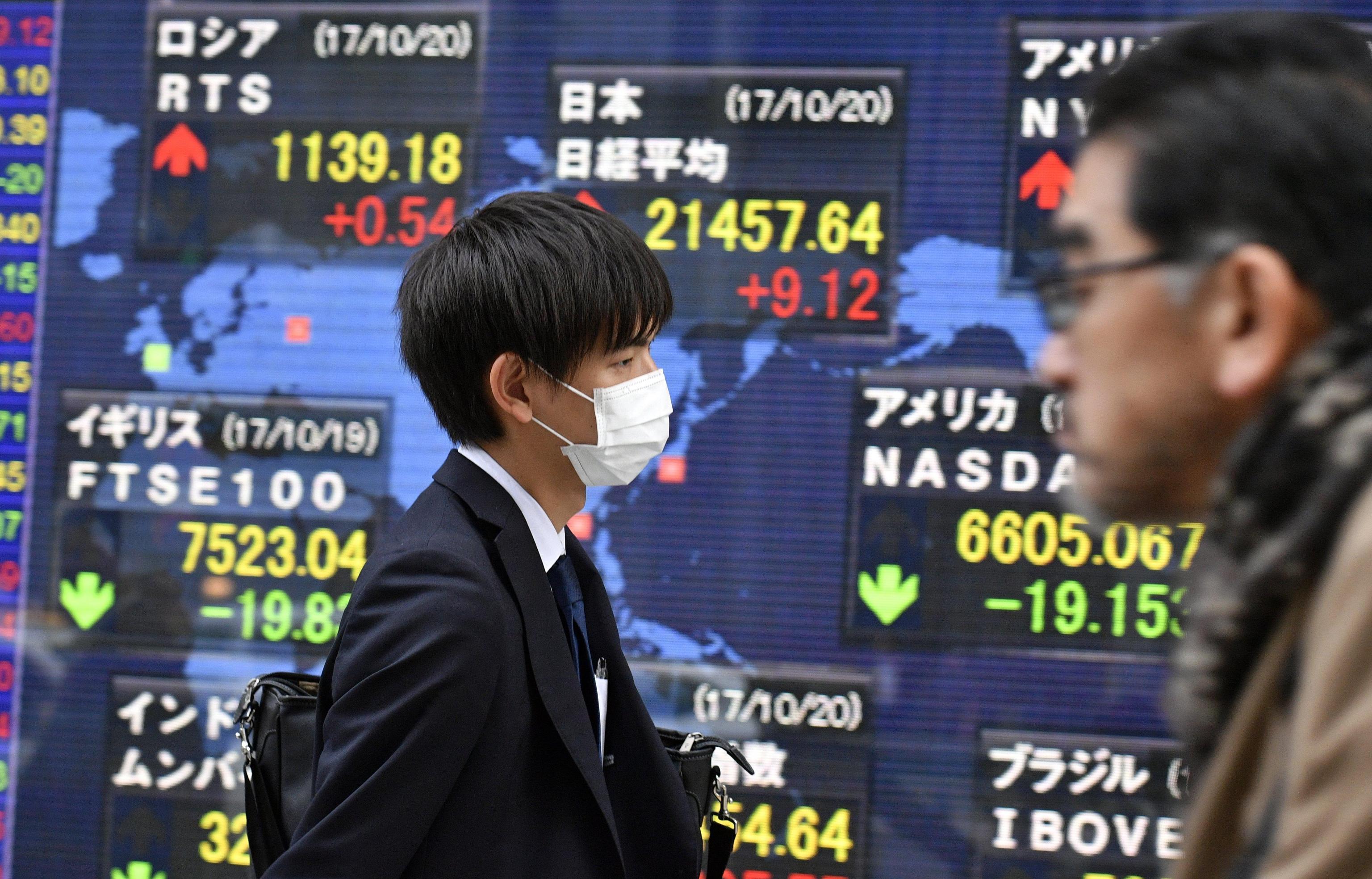 Oro: scende a 1.276,97 dollari in Asia