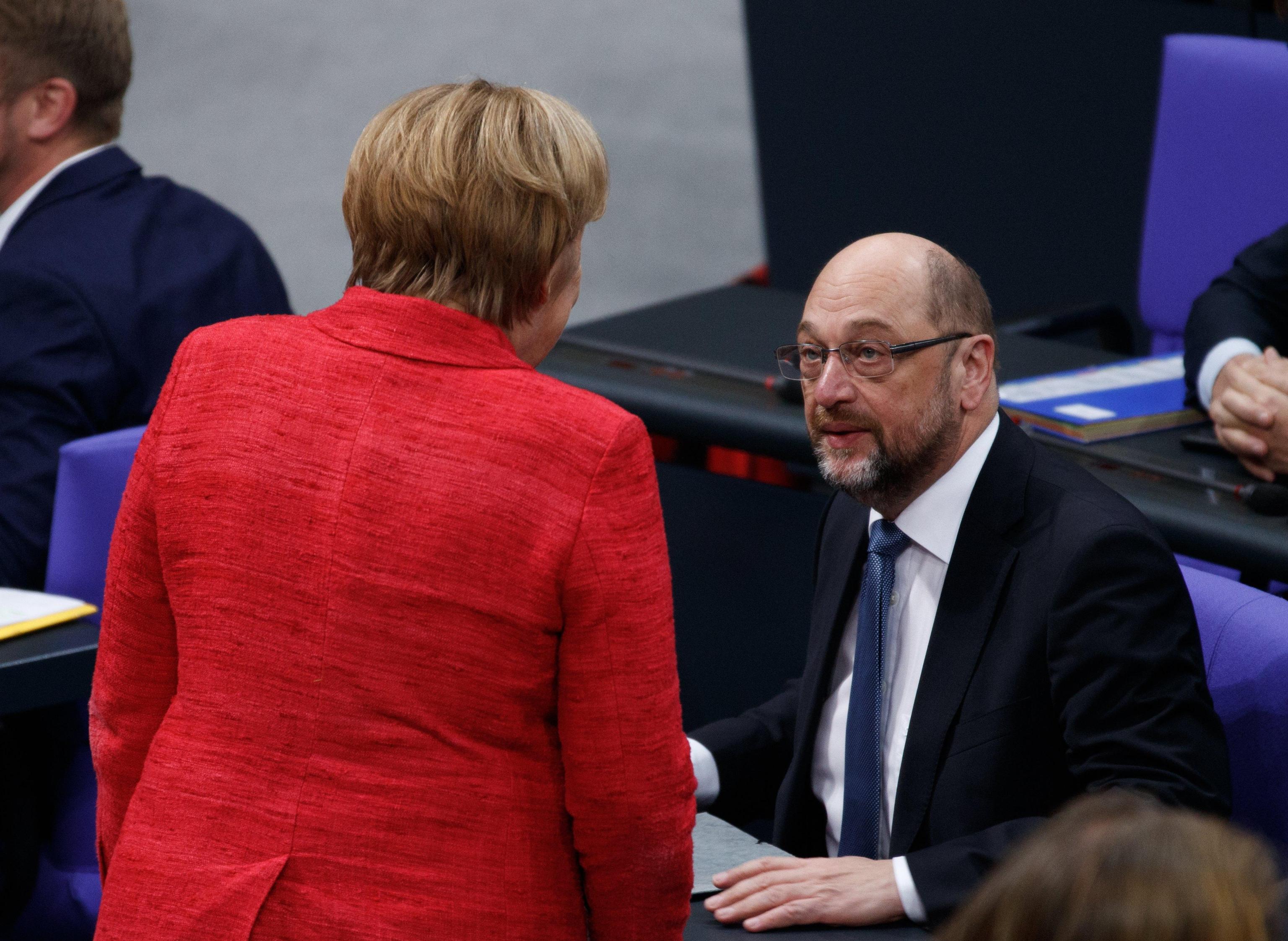 Schulz da Steinmeier, pressing su leader