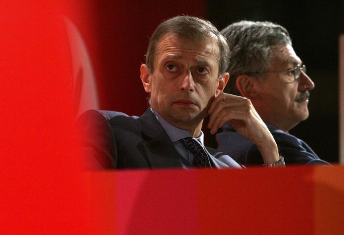 Fassino sente D'Alema, niet ad alleanza Mdp con il Pd