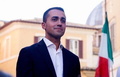 Di Maio cancella la sfida tv con Renzi e domenica va da Fabio Fazio