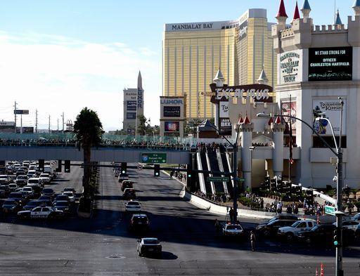 Las Vegas, lo shuttle senza guidatore fa un incidente al primo viaggio
