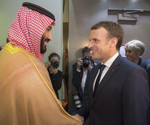 Macron in Arabia Saudita (dopo la raffica di arresti)