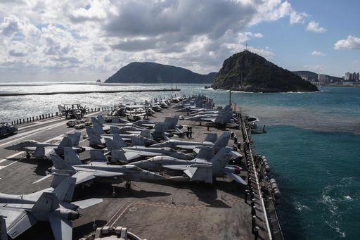 Prova di forza Usa-Seoul con esercitazioni navali nel Pacifico