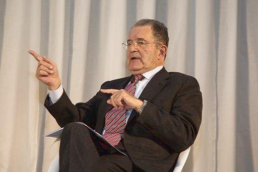 """Tra Prodi e Renzi un """"lungo e cordiale"""" colloquio sul centrosinistra"""