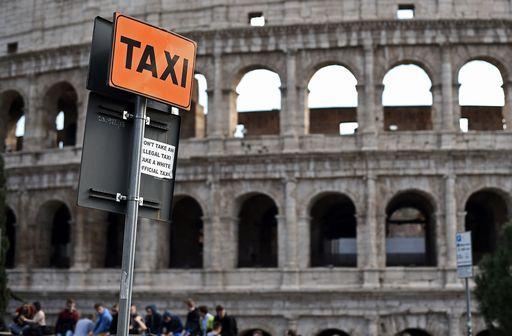 Domani sciopero dei taxi