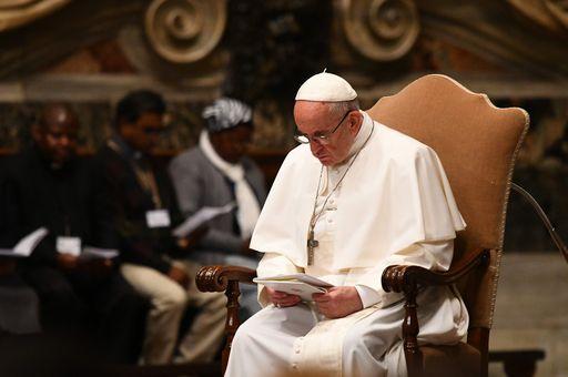 Le chiese sono il supermercato dei sacramenti (Papa Francesco)