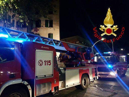 Roma, incendio in un appartamento a Torre Angela: morto un 72enne