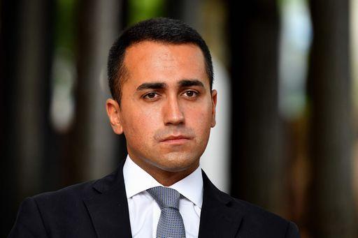 Di Maio dice che anche lui farà le parlamentarie (e si candida in Campania)