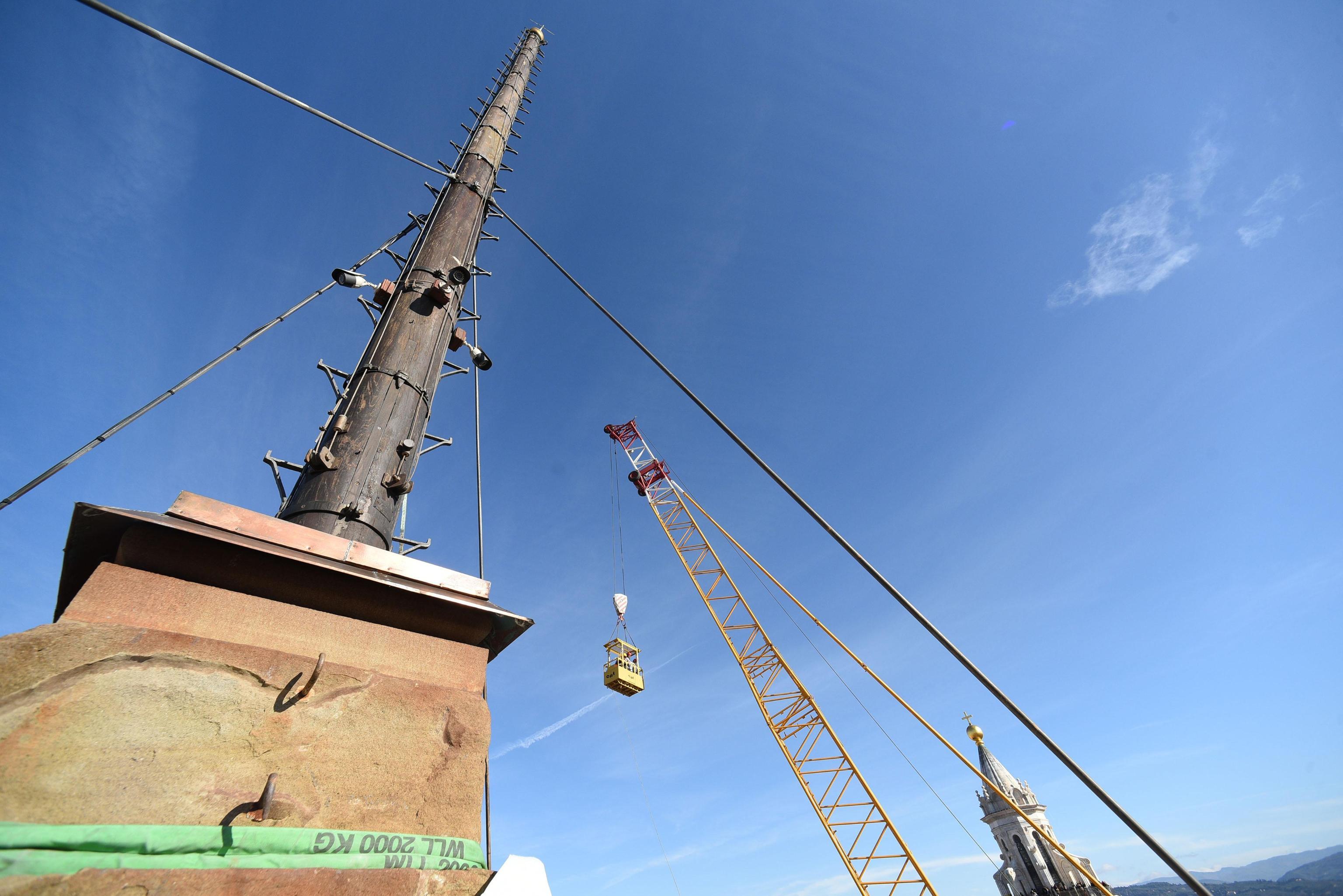 Controlli Campanile Giotto con gru 135 m