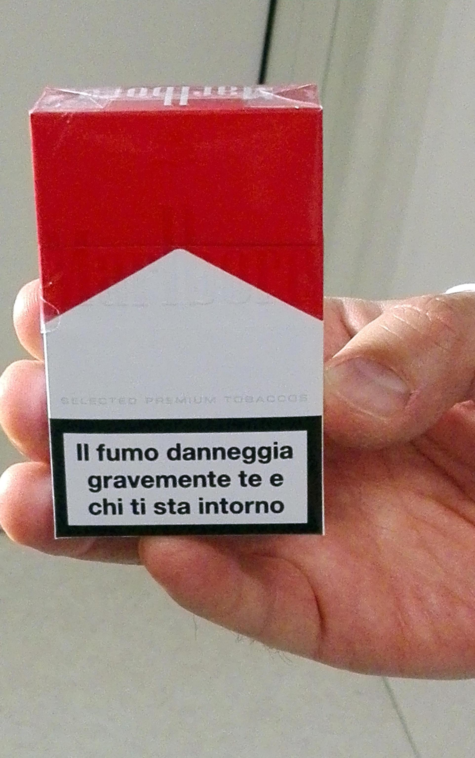 Papa: stop vendita sigarette in Vaticano