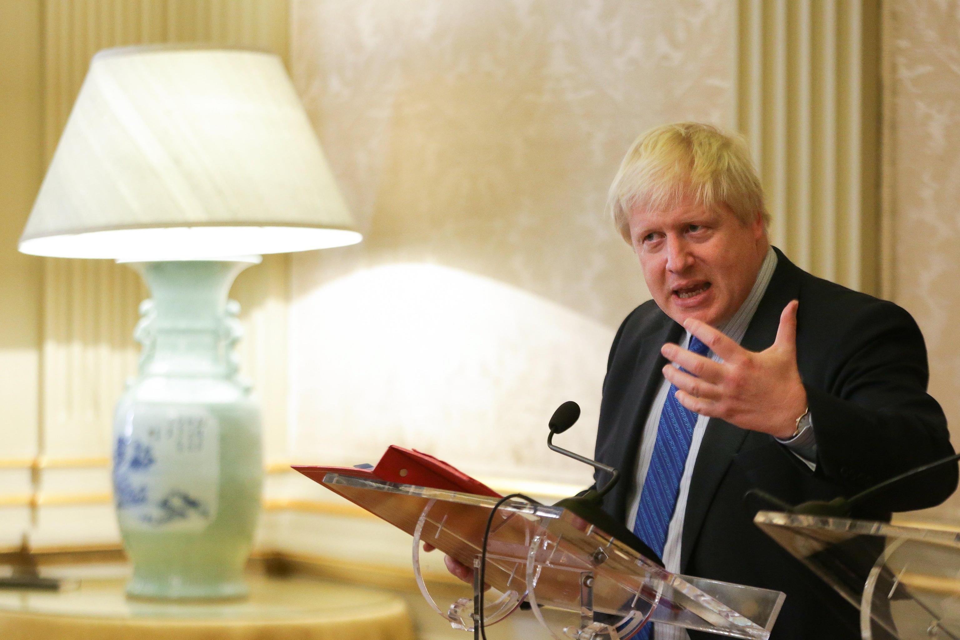 Britannica in carcere Iran, gaffe Boris