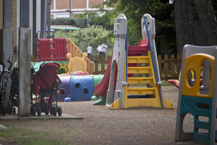 Maltrattavano bimbi, 2 maestre d'asilo sospese per otto mesi