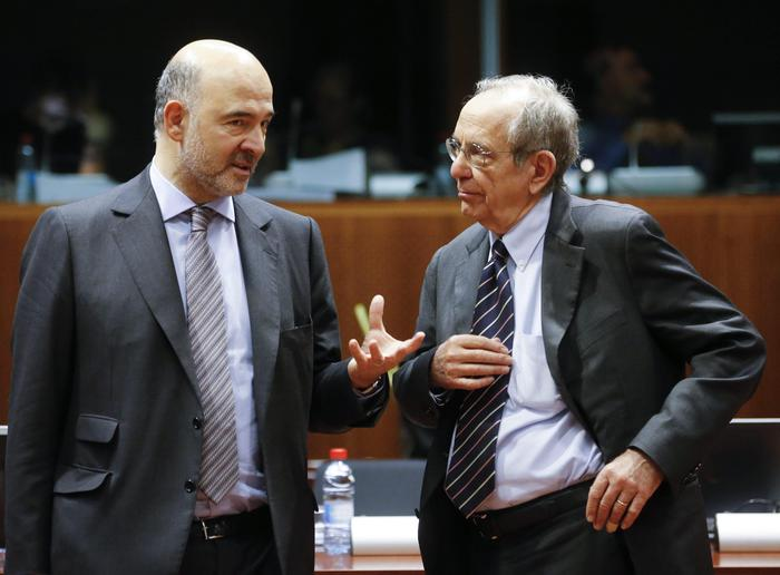 Presidenza dell'Eurogruppo, Moscovici spinge Padoan