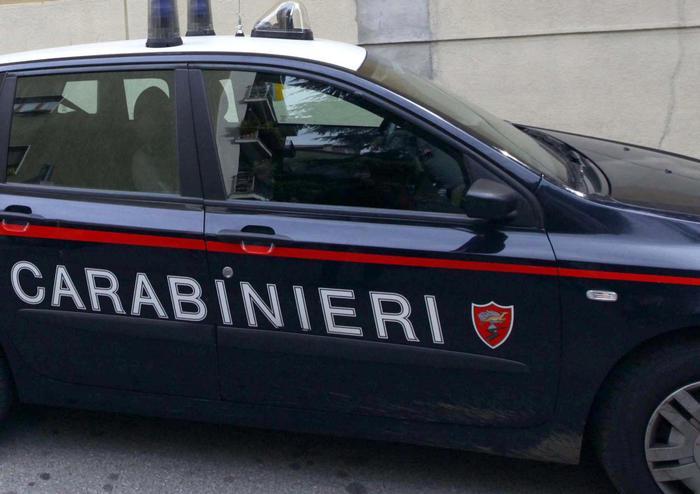 Minaccia e violenta dottoressa, 51enne arrestato a Bari