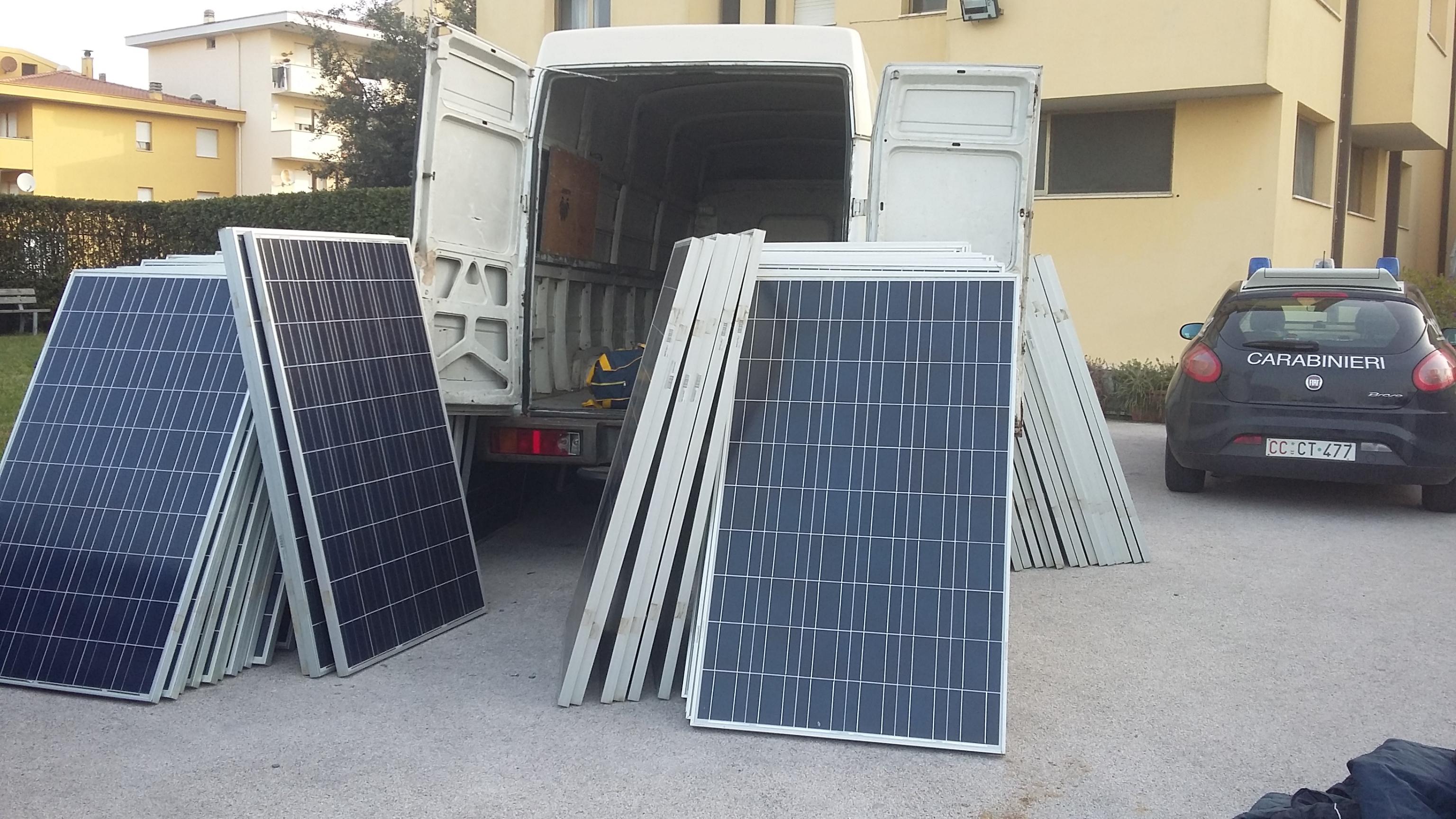 Furti pannelli solari,51misure cautelari