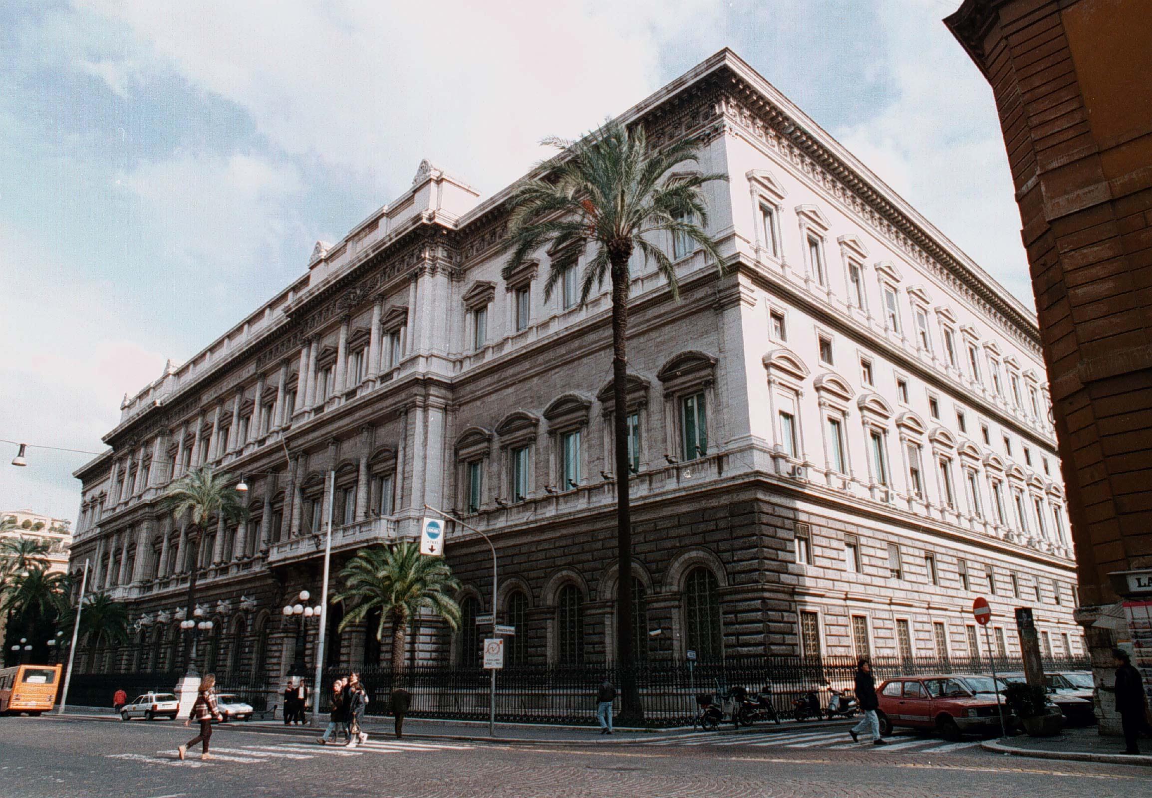 Bankitalia,cala tasso recupero Npl