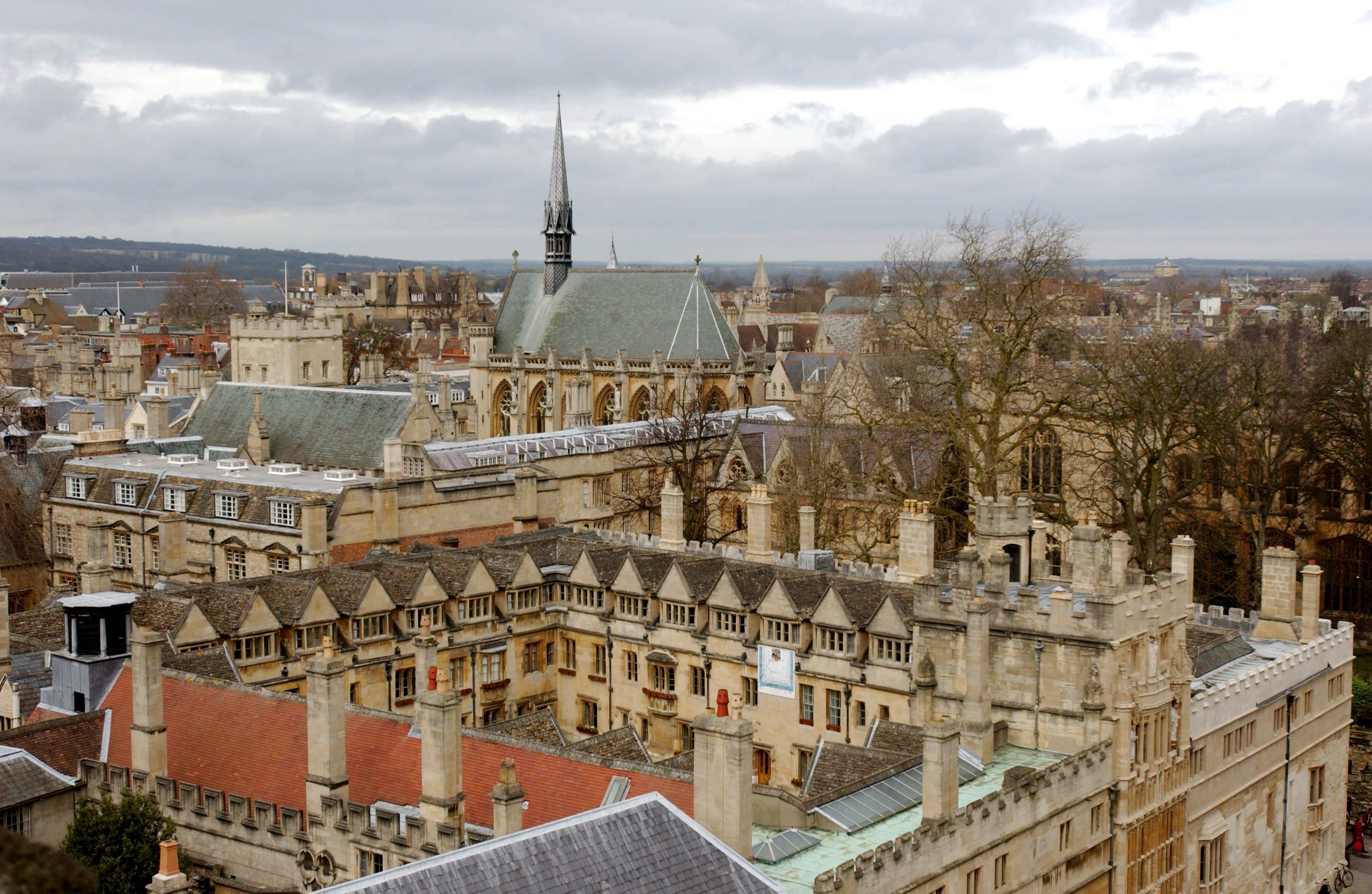 Gb: minaccia chimica a Oxford