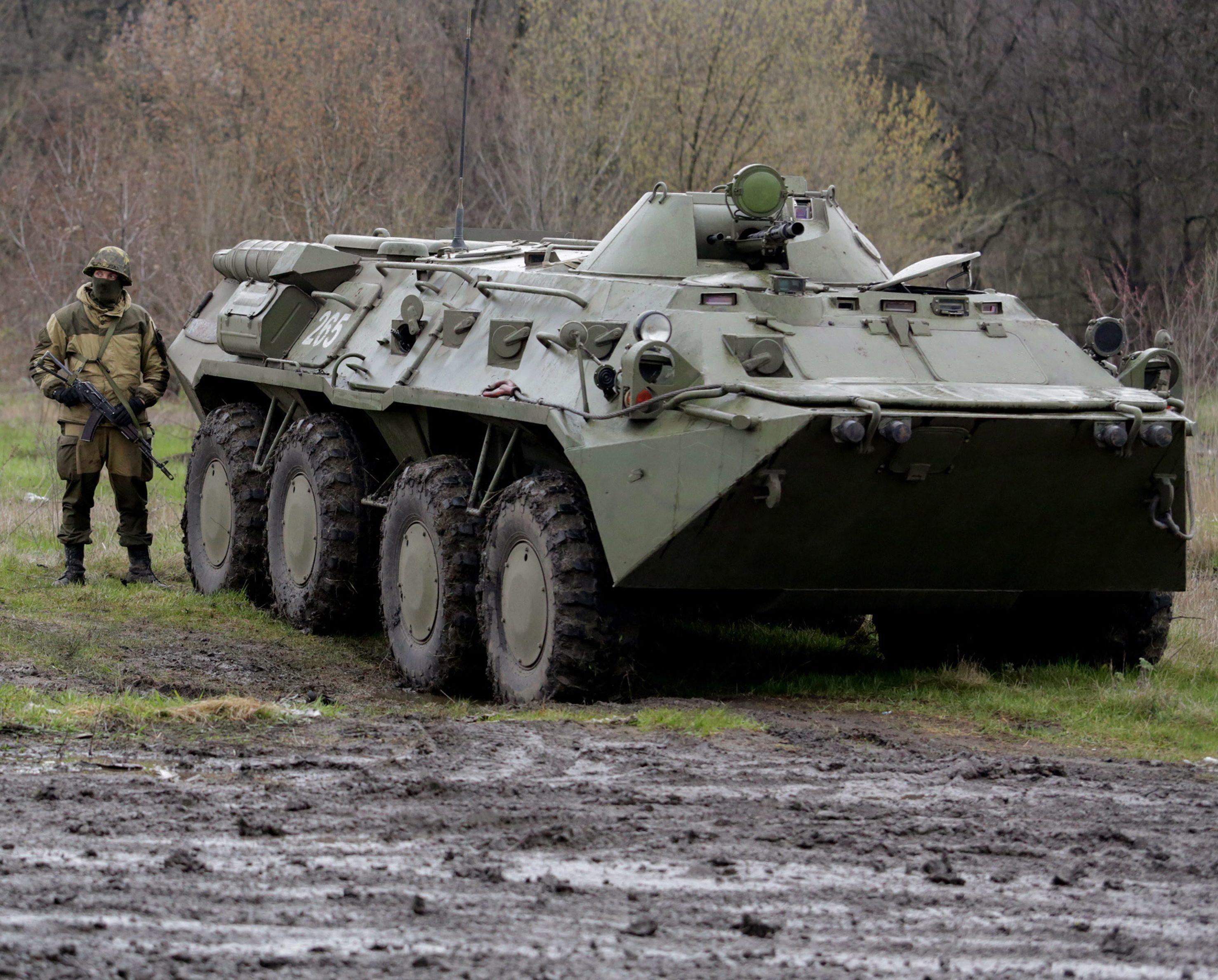 Leader ribelli Lugansk fuggito in Russia
