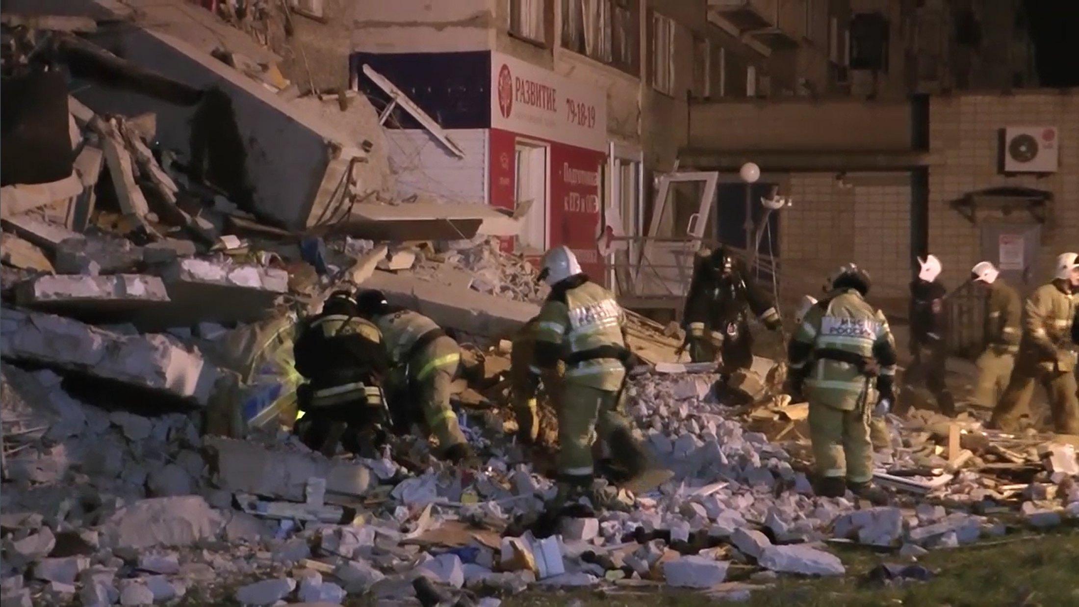 Crolla palazzo in Russia, 4 morti