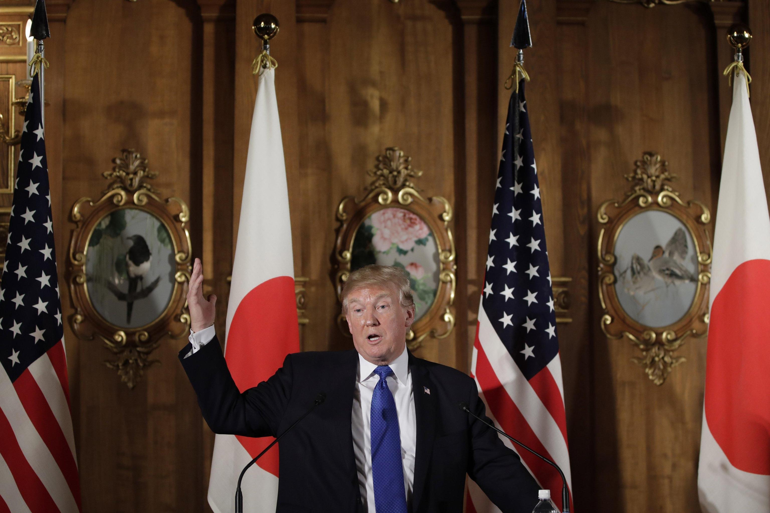 Trump a Cina, deficit deve calare