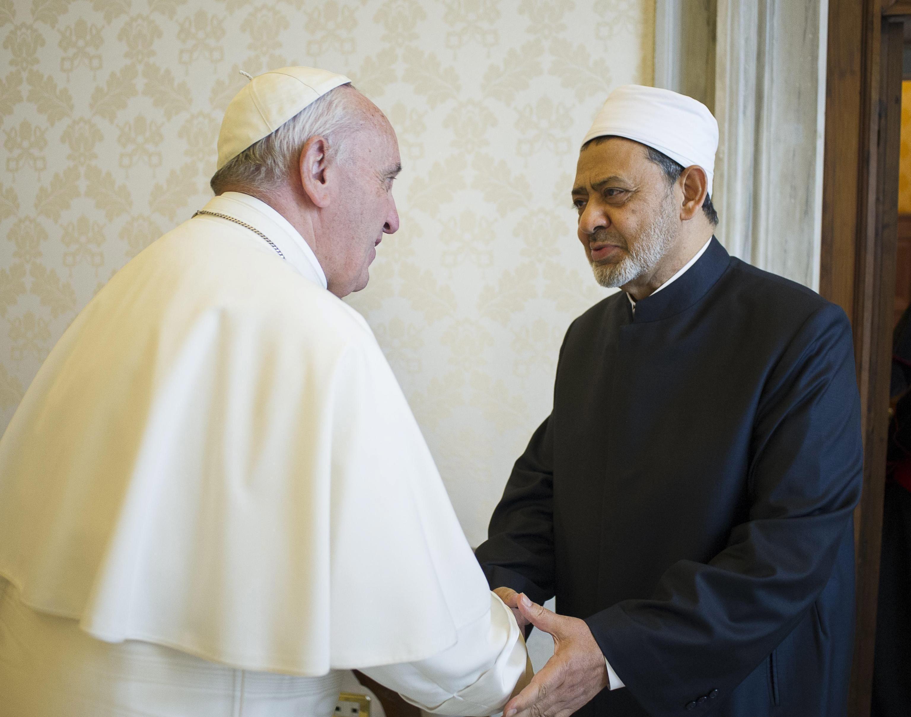 Papa riceve imam di Al Azhar
