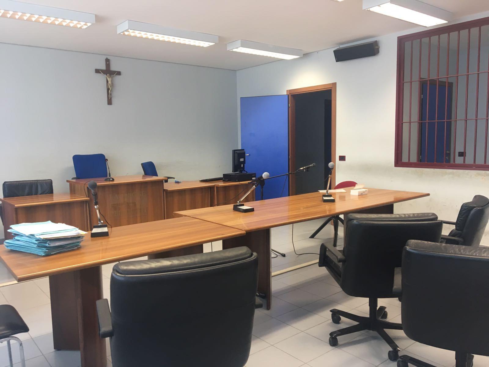 Mafia-voto scambio,27 rischiano processo